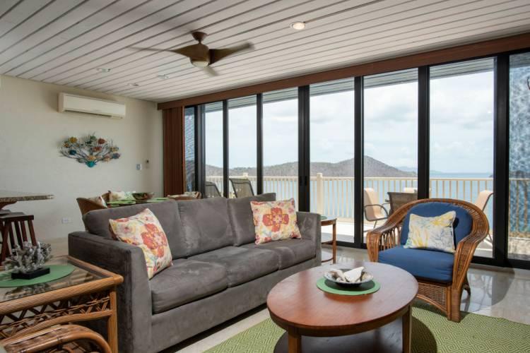 Deluxe 1 Bedroom Ocean View Villa